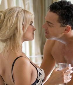 Margot Robbie membuat Leonardo Di Caprio Menyaksikan Neighbours