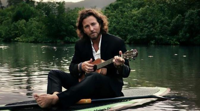 Cara Vokalis Pearl Jam Ungkapkan Rasa Sayang Pada Ibu