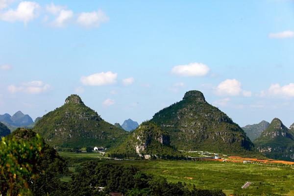 Unik, di China Ada Bukit Menyerupai Payudara