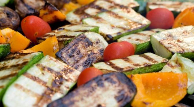 2 Teknik Sehat Memanggang Daging dan Sayur