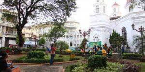 """Ngabuburit"" di Semarang, 4 Taman Ini Tawarkan ""Wall Climbing"" Sampai Pasar Antik"