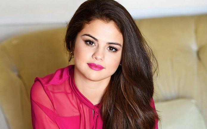 Dua Kategori Tiket Konser Selena Gomez di Indonesia Ludes