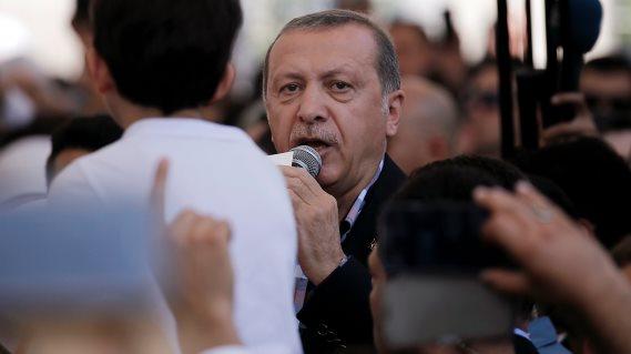 Presiden Turki dalam Bidikan F-16 saat Kudeta Militer