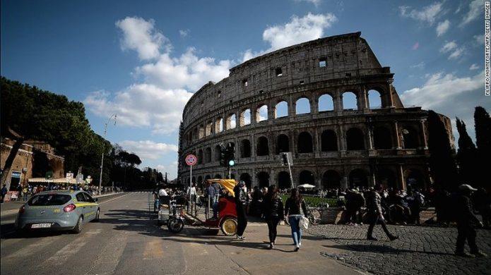 Rasakan Sensasi Ini saat ke Colosseum Roma