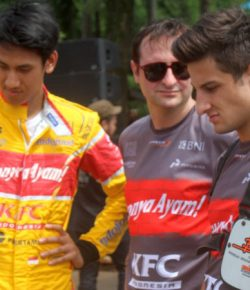Pembalap Tim Pertamina Campos Racing Sapa Fans di Sentul