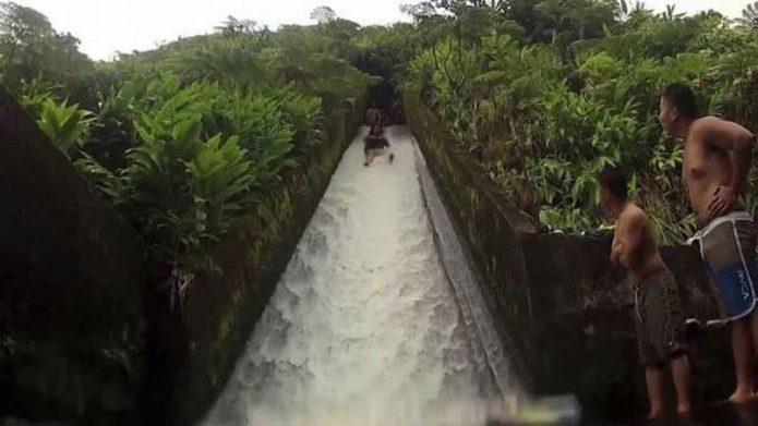 Keren, Ada Water Slide di Hutan