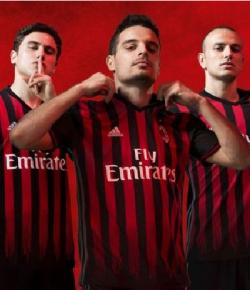 Asal Usul Warna Merah-Hitam yang Melekat pada AC Milan
