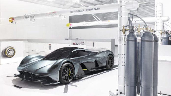 Aston Martin AM-RB001 Cuma Dibuat 150, tapi yang Pesan 450