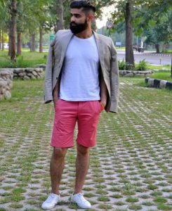 Pria Pakai Warna Pink? Mengapa Tidak!