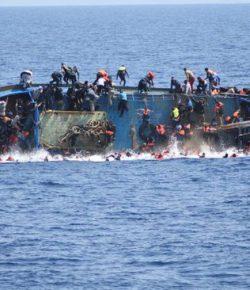 Kapal Imigran Terbalik di Laut Mediterania, 100 Orang Hilang
