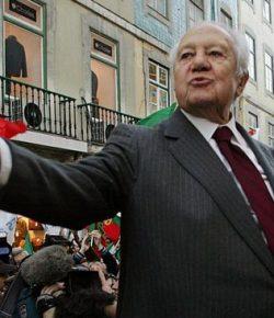 Mantan Presiden Portugal, Mario Soares Meninggal Dunia