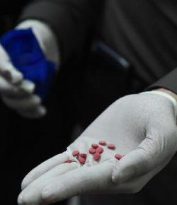 Sembunyikan 4 Juta Pil Narkotik Meth, Biksu Myanmar Ditahan