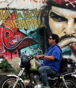 Touring Pakai Moge Harley ala Che Guevara