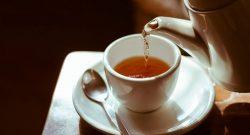 Sehatkah Minum Teh Manis Hangat saat Sahur?