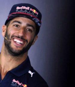 Raih Posisi 5 di GP Inggris, Daniel Ricciardo: Itu Balapan yang Gila!