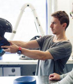 TERNYATA! Jorge Lorenzo Turut Serta dalam Mendesain Helm Barunya Musim Ini