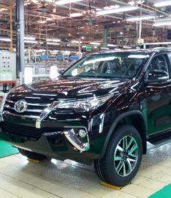 Diproduksi di Indonesia, Mobil-Mobil Ini Laris Manis di Luar Negeri