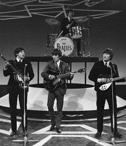 Rayakan 50 Tahun The Beatles, Paul McCartney dan Ringgo Starr Bakal Rilis Album Natal