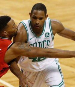 Sengit di TD Garden, Boston Celtics Kalahkan Toronto Raptors Setengah Bola