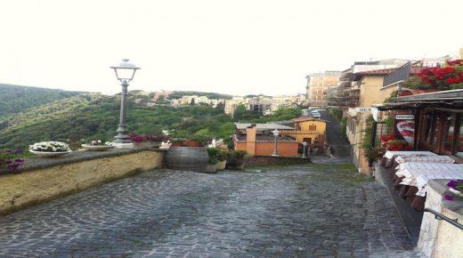 Destinasi Wisata Alami dan Terbaik di Italia, Salah Satunya Castel Gandolfo
