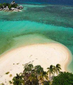 Selain Bali, 3 Lokasi Ini Juga Mulai Menjadi Incaran Wisatawan