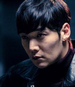Berita Bintang – Cedera saat Syuting, Choi Jin Hyuk Terima 30 Jahitan