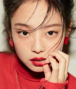Berita Bintang – Lagu SOLO Jennie 'BLACKPINK' Kuasai Chart iTunes di 40 Negara