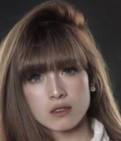 Berita Bintang – Pramugari Cantik, Yulianti Palinggi Siap Eksis dengan Cinta Uka-Uka
