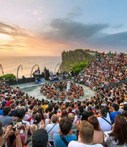 Berita Bintang – Turis Asing Bakal Dipungut USD10 saat Masuk Bali, untuk Apa?