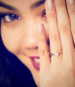 Berita Bintang – Rina Nose Mengaku Sudah Dilamar Sejak Januari
