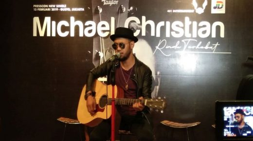 Berita Bintang – Rilis Single Rindu Terhebat, Mike Bagindas Terinspirasi dari Anak dan Ibu