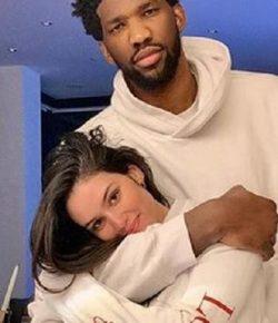 Berita Bintang – Bintang NBA Joel Embiid Gebet Model Seksi Brasil