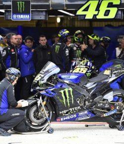 Berita Bintang –  Rossi Keluhkan Kecepatan Motor Yamaha di Sirkuit Le Mans