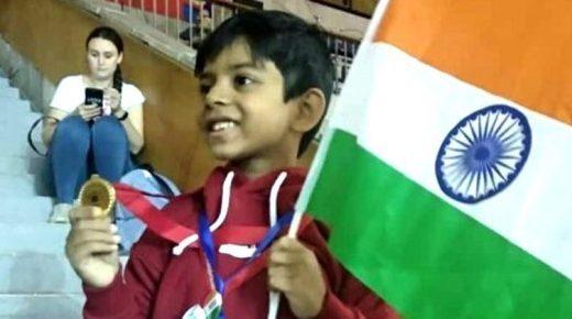 Berita Bintang – Bocah 8 Tahun Penyintas Kanker Raih Medali Emas Tenis Meja di Moskow