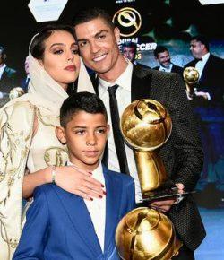 Berita Bintang – Cristiano Ronaldo Sempat Hidup Susah, Putra Sulungnya Terkejut