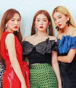 Berita Bintang – Seksinya Red Velvet Kompak Pakai Mini Dress hingga Busana Monokrom