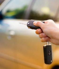 Berita Bintang – Tiga Manfaat Gunakan Alarm Pada Mobil