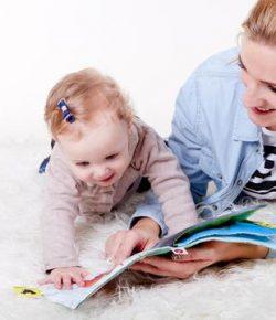 Berita Bintang – Dongeng Bikin Hubungan Orangtua dan Anak Makin Erat