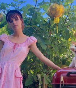 Berita Bintang – Gaya Potongan Rambut Putri Demi Moore Mirip Sang Ibu