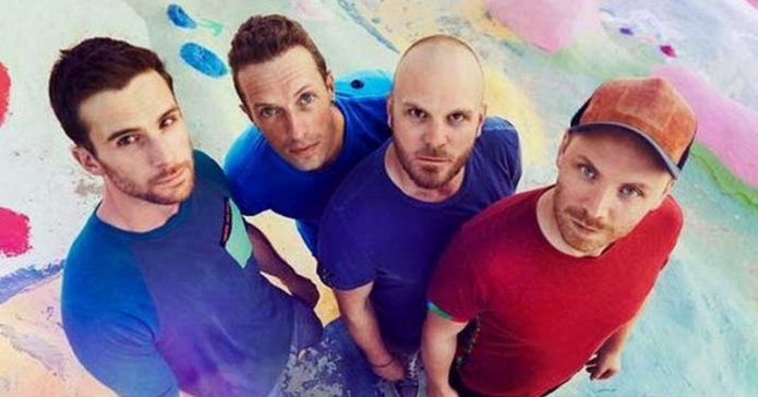 Coldplay Duet dengan Pangeran Harry di Istana Kensington