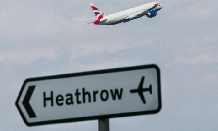 Bandara Inggris Mendapat Teror Jelang Hari Kemerdekaan AS