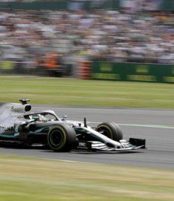 Berita Bintang – Juara F1 GP Inggris 2019, Lewis Hamilton Jadi Raja Silverstone