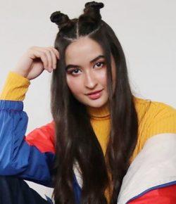 Berita Bintang – Stephanie Poetri Menang Best New Asian Artist Indonesia